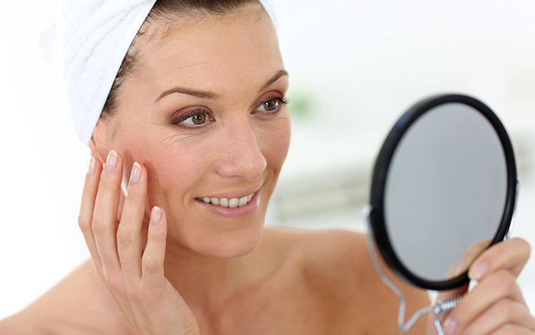Como cuidar da pele madura