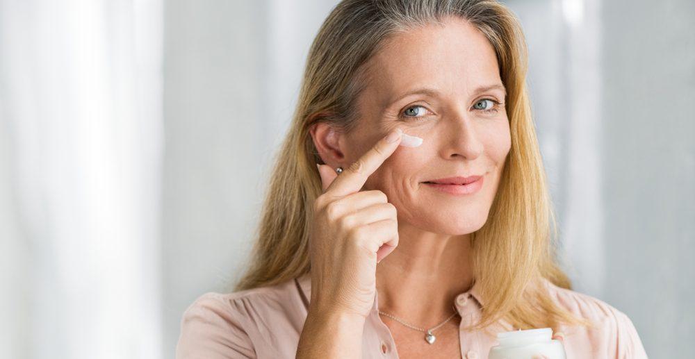 Área dos olhos: saiba como cuidar dessa região sensível | ADCOS