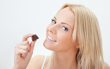 A alimentação influencia na oleosidade da pele?