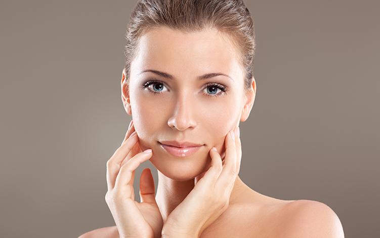 Como renovar a pele com o peeling diário da ADCOS
