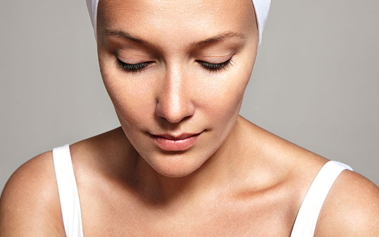 Desvende as causas comuns da  pele ressecada.