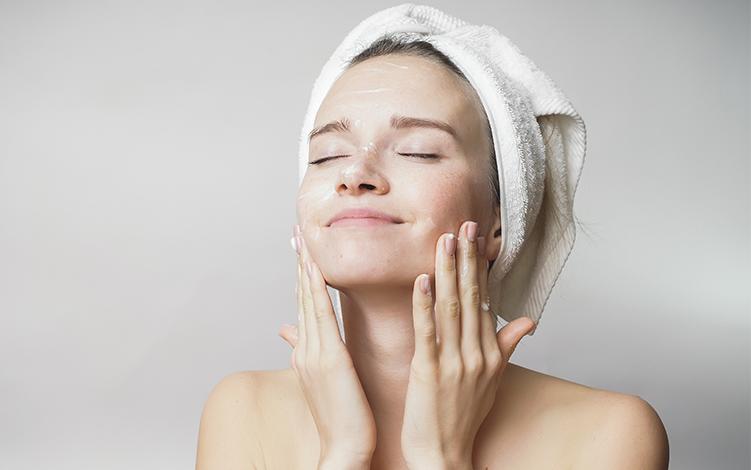 4 fatos sobre a higienização da pele