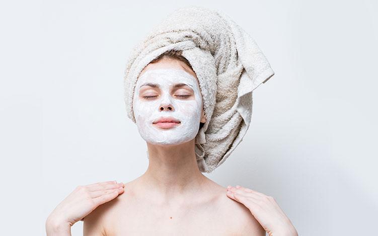 Quem tem pele oleosa pode usar máscara facial?