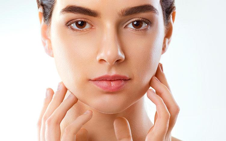 Poros dilatados: por que temos e como tratar e disfarçar