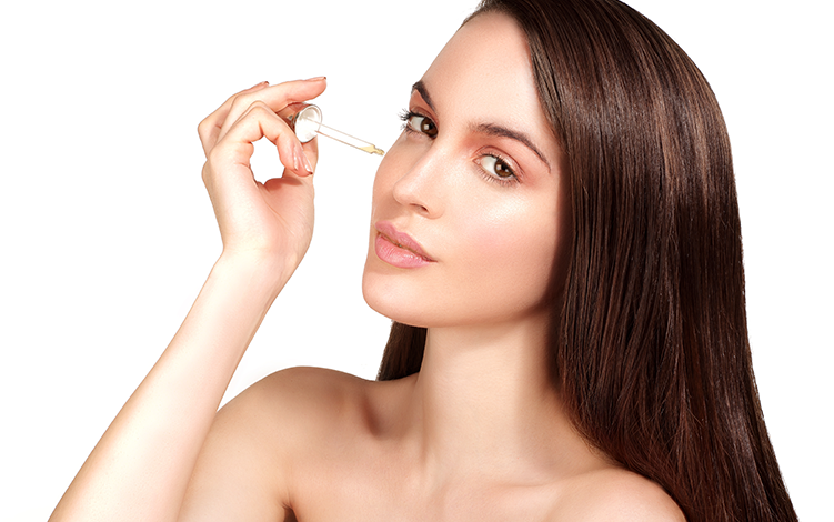 Vitamina C: poderoso antioxidante e anti-idade para o rosto e corpo