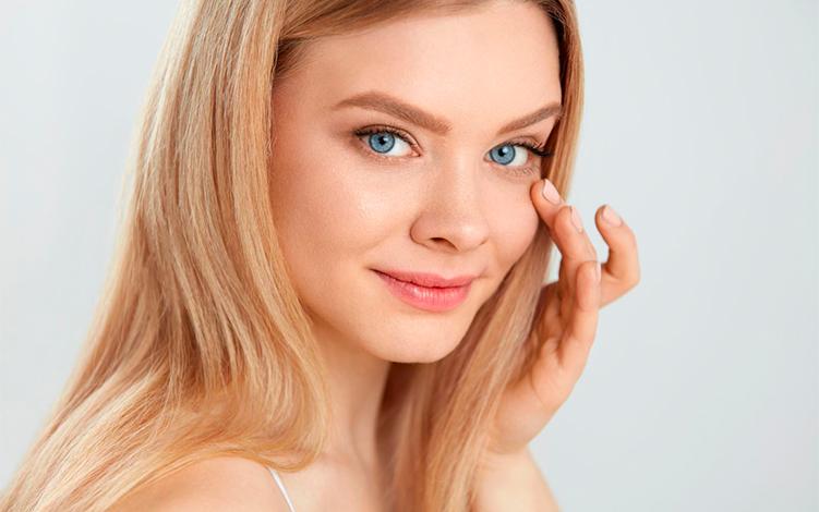 Protetor solar com ação preenchedora e cobertura de maquiagem: mais praticidade para sua rotina!