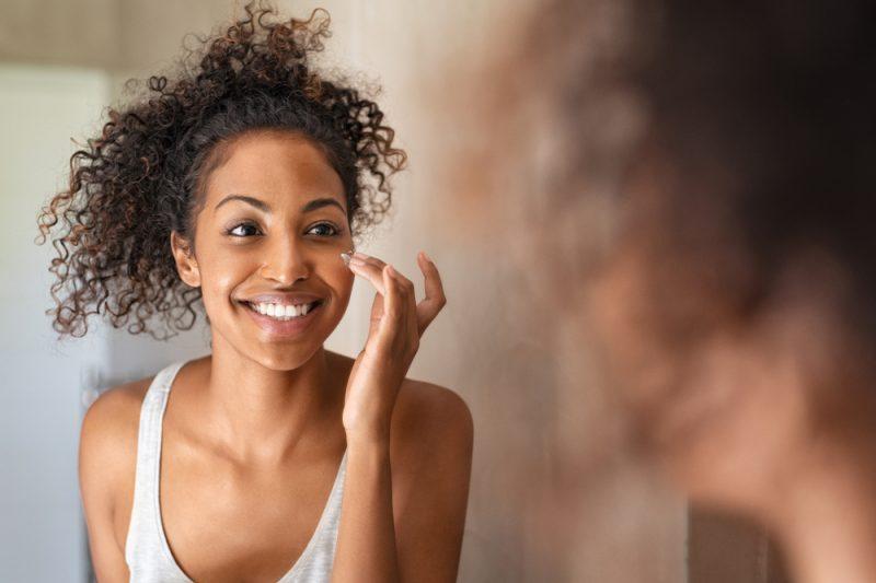 Por que incluir um antioxidante na rotina de cuidados com a pele