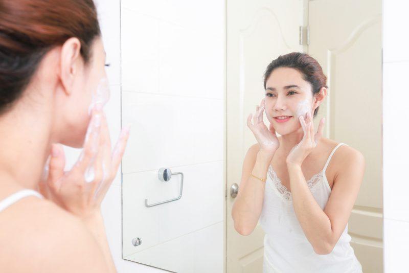 Saiba como higienizar o seu tipo de pele corretamente